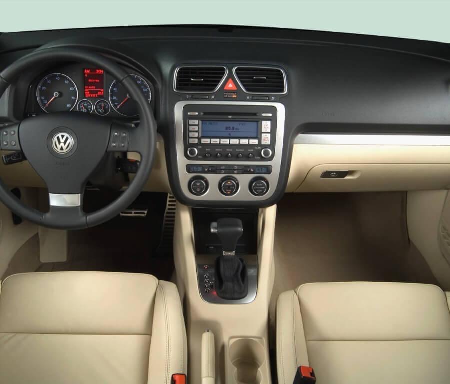 Eos Volkswagen Used: 2008-volkswagen-eos-2-door-convertible-dsg-turbo-dashboard